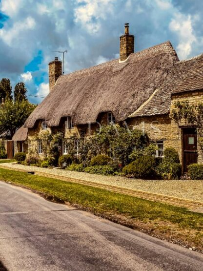 Old Oxford Thatching - S L Davis Photography