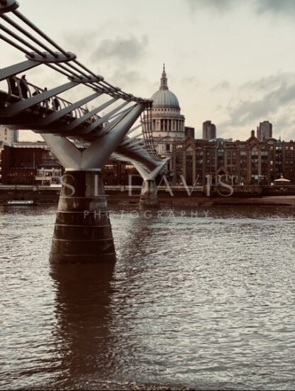 The Art of Crossing over - S L Davis Photography