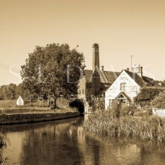 The Old Mill - S L Davis Photography